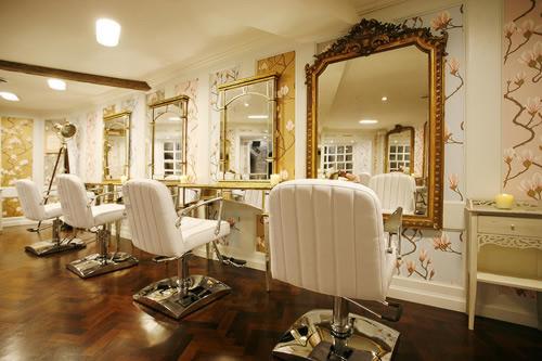 beauty parlour interior designers contractor delhi gurgaon india